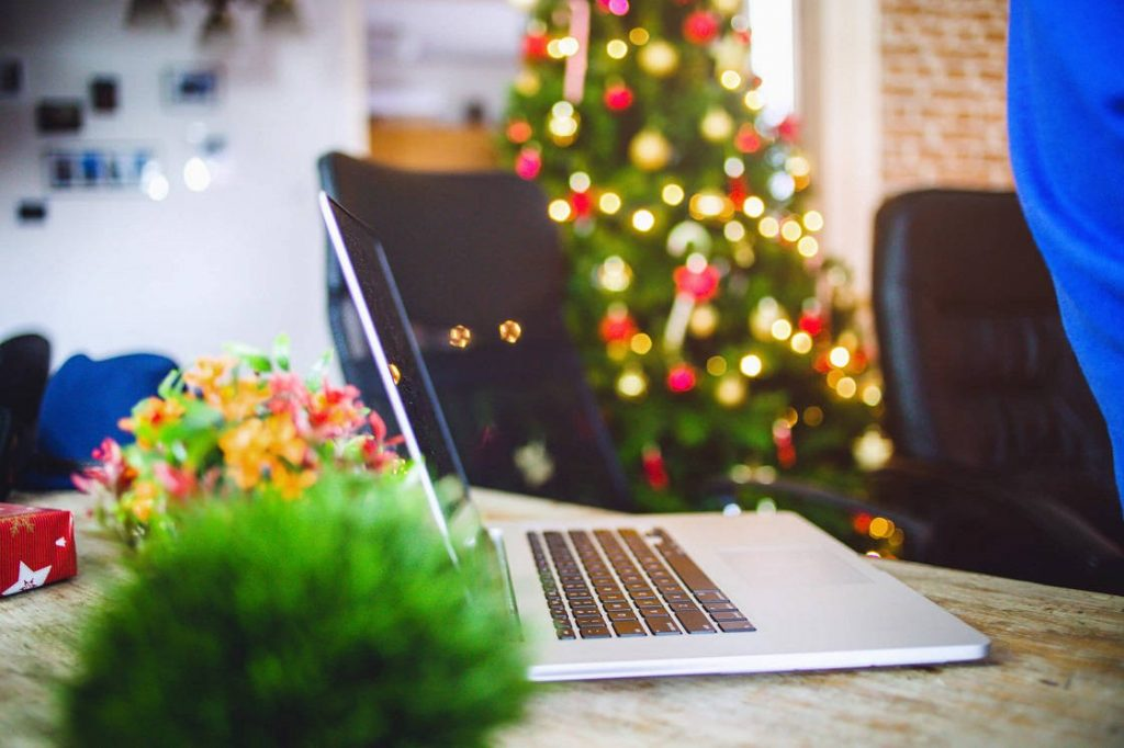 Los correos masivos esta navidad deben ser para mostrar solidaridad con los clientes